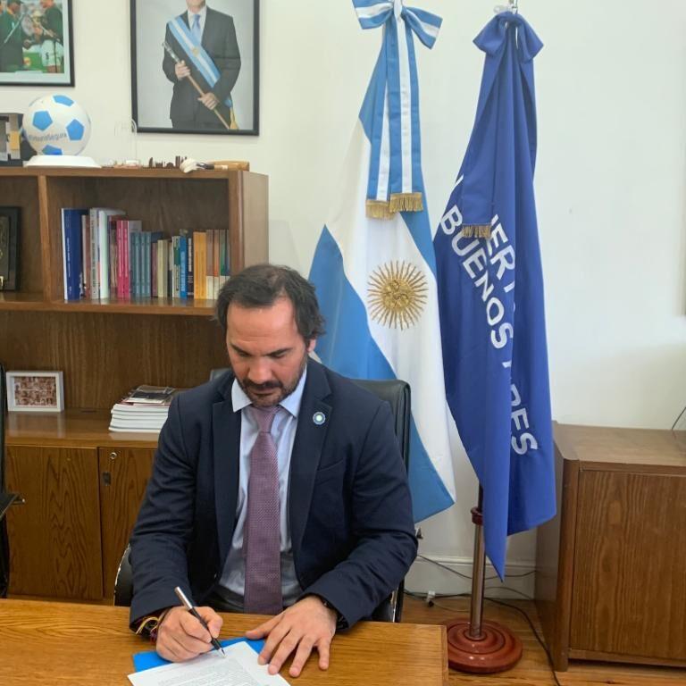 Firma de MdE entre AGP y Rightship / MoU signature between AGP and Rightship